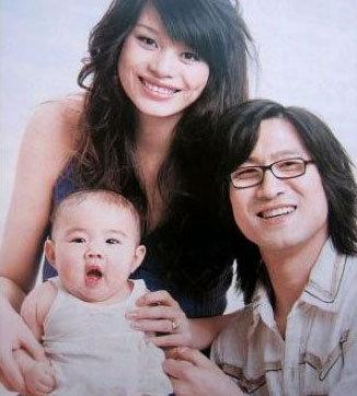汪峰的前妻康作如个人资料及照片 康作如的女